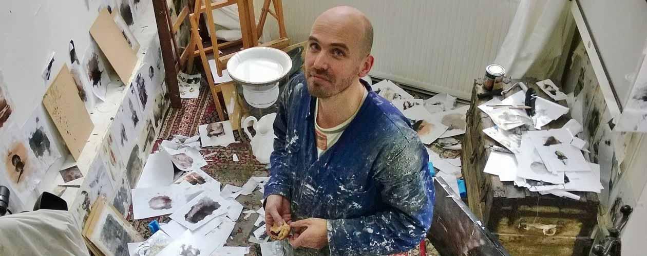 Chris Berens in zijn atelier